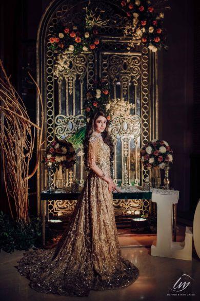 bridal photoshoot   Prettiest Vintage Decor For Mehendi