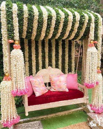 Bridal Mehendi Seat   Mehendi Function Mistakes
