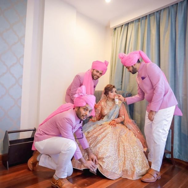 brides brother | coordinated pink safas and kurtas for the boys