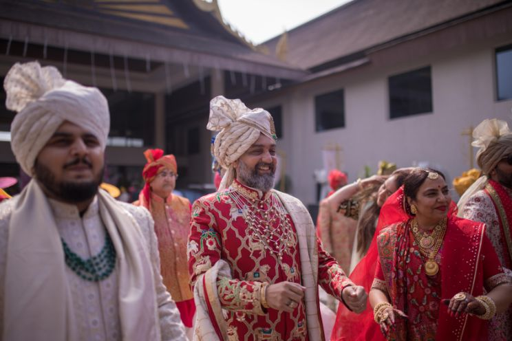 brides father | Stunning Gujarati Wedding
