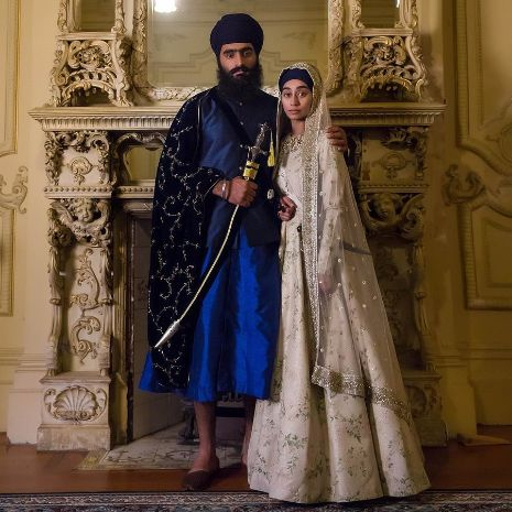 Sikh bride in ivory lehenga for her wedding day | Super Unique Sabyasachi Lehengas