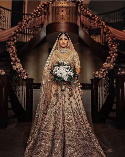 stunning golden lehenga is just drool worthy