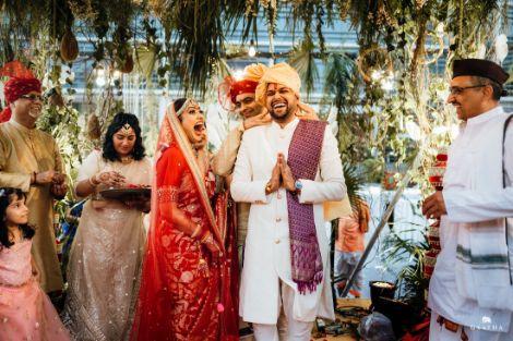 couple candid photo on wedding   eco friendly wedding