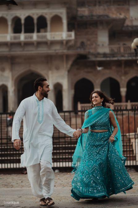 couple pre wedding shoot ideas