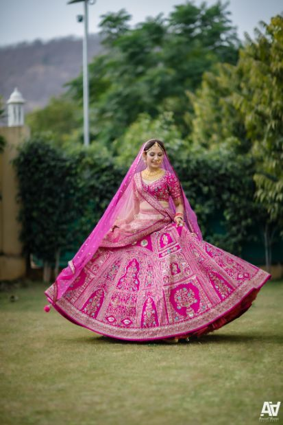twirling bride | pink lehenga for the bride | Fab Matching Outfit Ideas