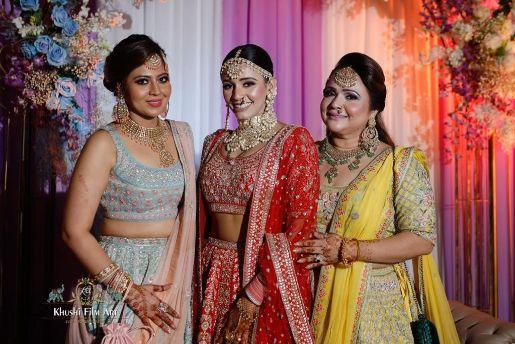 Stunning bride in red lehenga | Bride in Anita Dongre Lehenga
