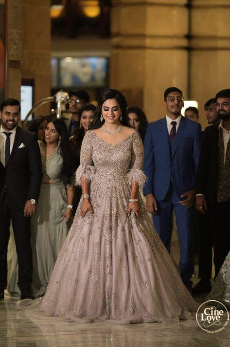bridal entery on sagan day
