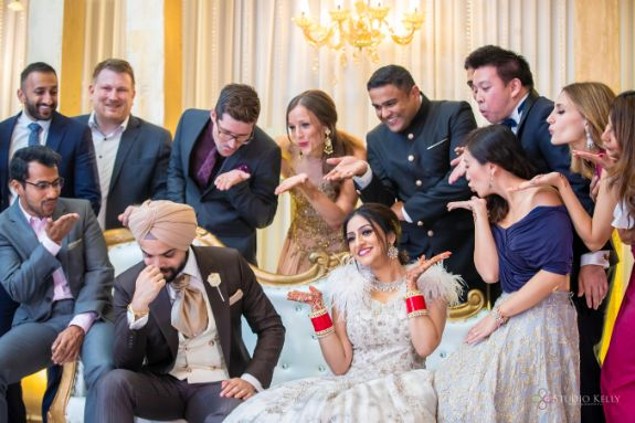 photography ideas at indian weddings | Stunning Reception Look