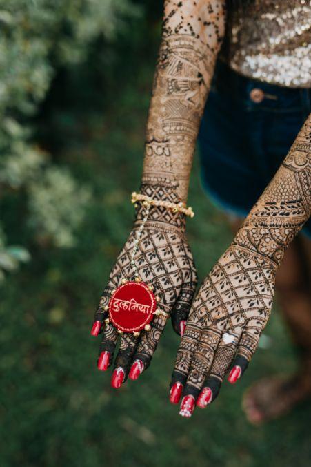 bridal henna hands | enegagemnt ring