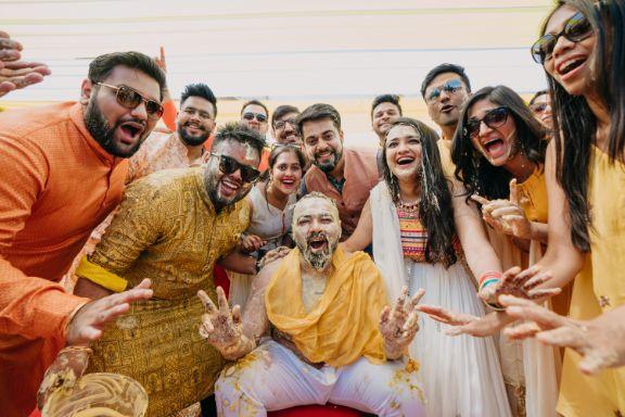 grooms haldi day | full family photos \ fun