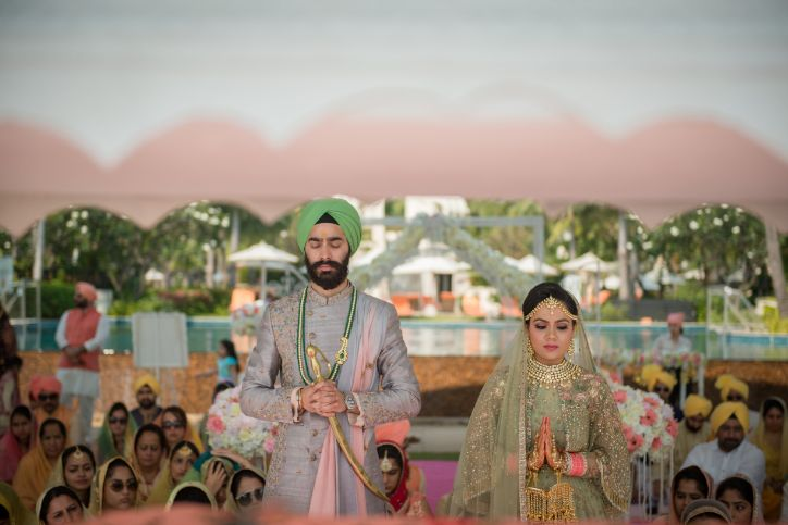 sikh wedding | bride and groom | Beach Wedding in Hua Hin