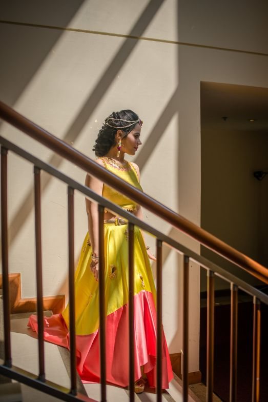 indian bride | yellow outifit for mehendi