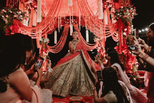 twirling bride | indian wedding capture | Destination Wedding in Udaipur