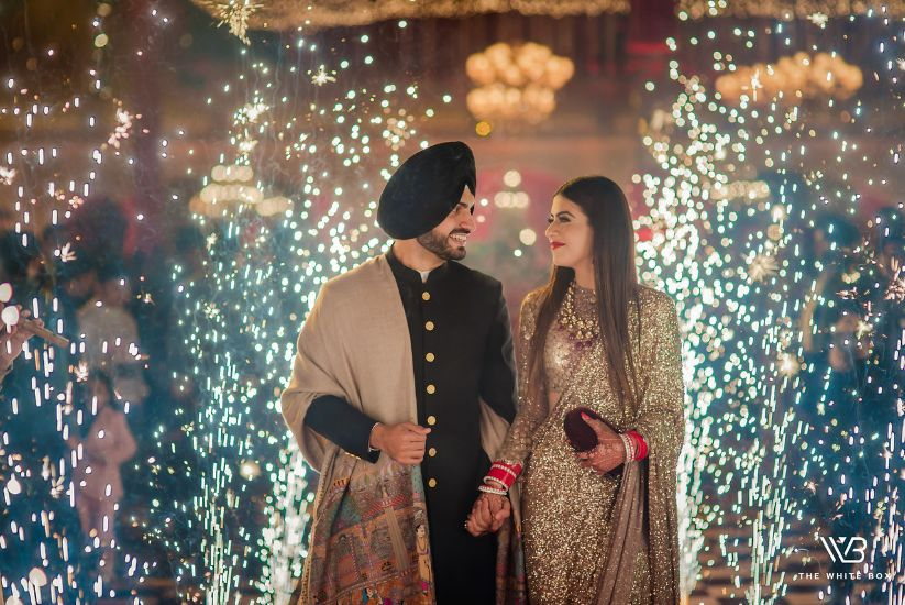 Sikh wedding in Ludhiana with stunning bride in asareee