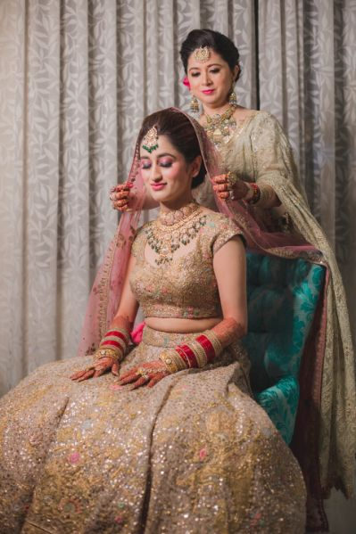 mother of the bride | indian bride getting ready