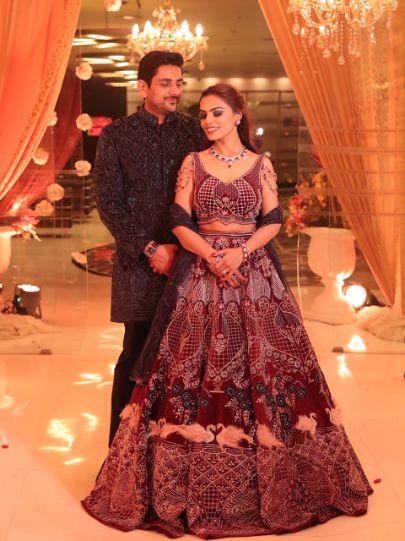 couple shoot poses | indian weddings