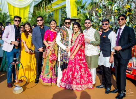 full family photographs at indian weddings