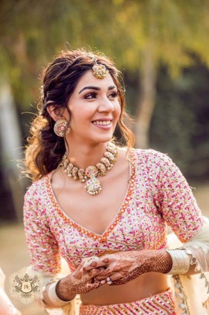 bridal blouse front neck ideas   Mirror Work Lehenga for Mehendi