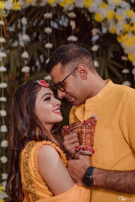 couple photoshoot | matching outfits | haldi outfits