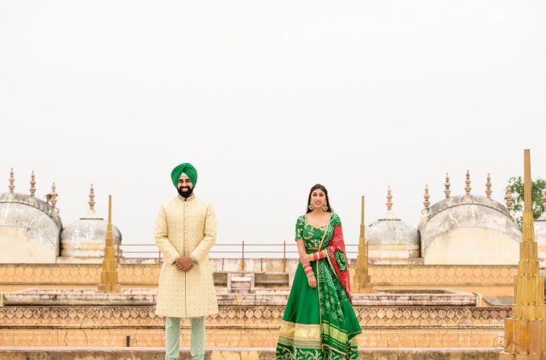 indian wedding   couple photo ideas   trending poses