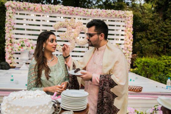 candid couple photography | indian weddings