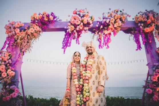beautiful varmala designs | indian weddings | Beach Wedding in Hua Hin