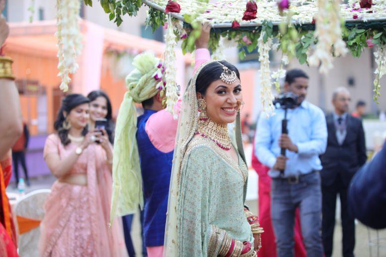 happy bride | indian weddings | palce wedding