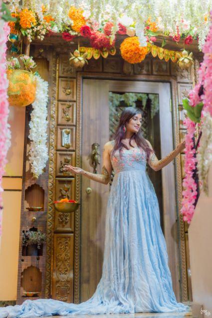 coral blue gown | indian bridal mehendi | indian weddings | indian weddings indian couple | indian bride in red saree Designer wedding Lehenga Modern design | mehendi function | henna designs | 2020 weddings |