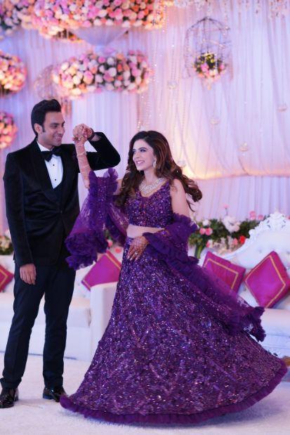 twirling bride   couple dance