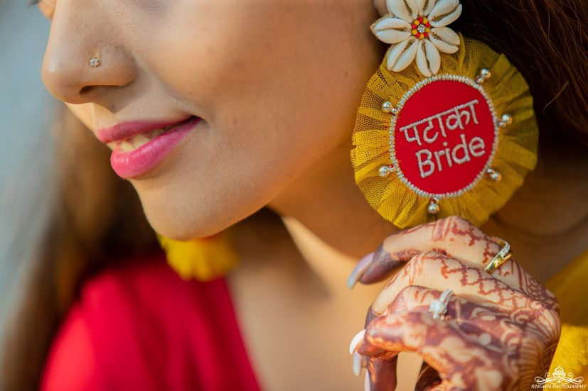 pataka bride earings | mehendi accessories | mehendi function | henna #wittyvows #indianwedding # indianbride #floralje