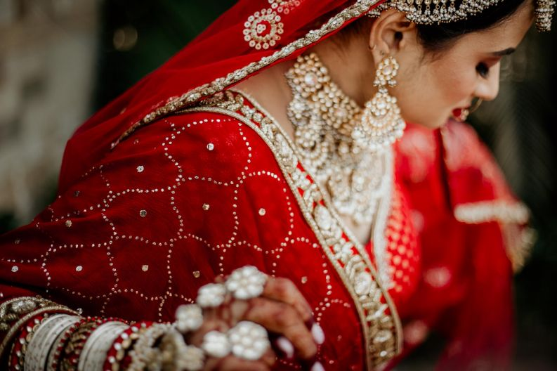 bridal jewellery , indian wedding , real bride , Traditional red lehenga bridal look , wittyvows