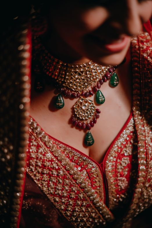indian bridal jewellery , indian wedding | indian groom | sikh groom | red pagri | grooms of india , indian grooms , anand karaj , red lehenga , red chooda , wittyvows , wedding , delhi wedding ,