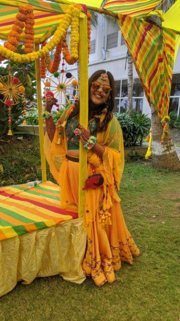 mehendi outfit   Rajasthani wedding   DIY lehenga design   Bridal hairdo   footear   boss bride customised   wittyvows real wedding  