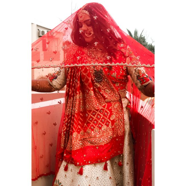 bridal portrait | indian wedding | wittyvows | indian bridal outfit | Rajasthani wedding | DIY lehenga design | Bridal hairdo | footear | boss bride customised | wittyvows real wedding |