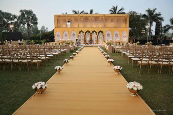 indian wedding decor ideas , white decor , wittyvows , wedding blog