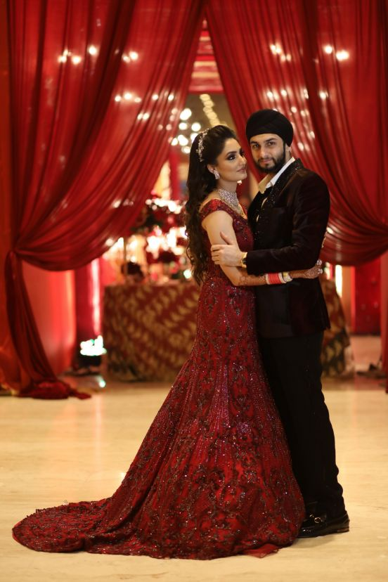 indian couple , gown , bridal gown , sikh punjabi wedding , bollywood at the wedding , sabyasachi lehenga, red lehenga ,indain wedding , Sikh wedding  | Wedding in Mumbai | designer outfits |,wedding looks