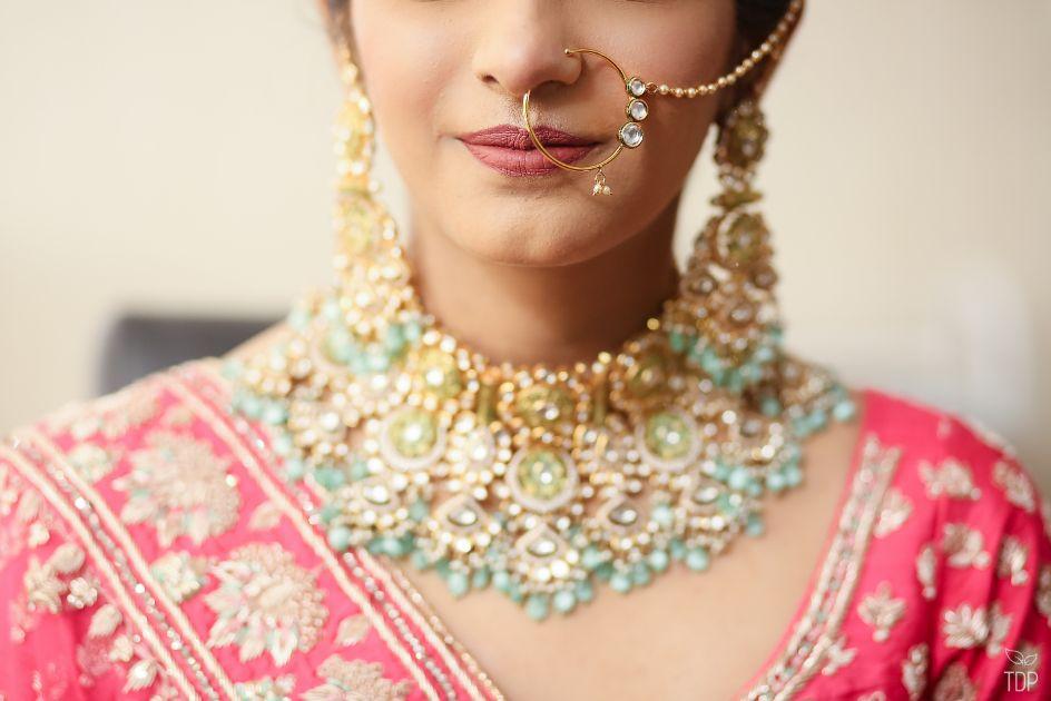 indian bridal portait   summer wedding   delhi wedding   bridal jewellery