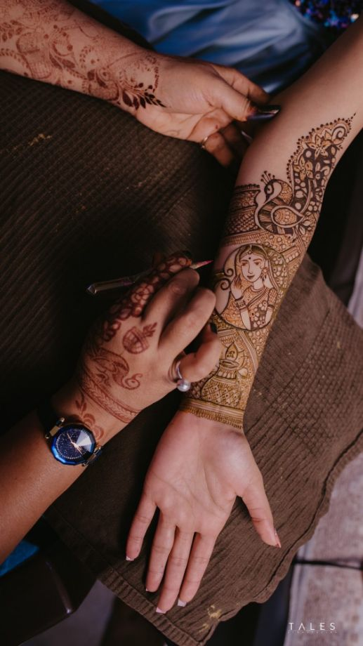bridal mehendi , floral hands , floral jewellery , intimate wedding, personalised wedding ideas  , mehendi designs