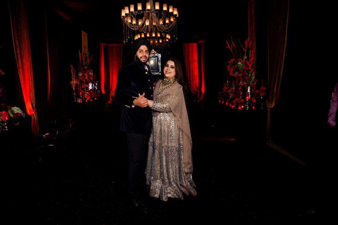 indain wedding , indian bride , Sabyasachi bride - wedding hairstyle- bridal dupatta