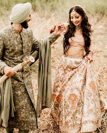 Couple Portraits | Wedding dress | Shyamal Bhumika