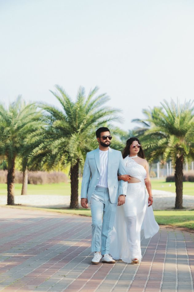 couple entry , all white , destination weddings , wittyvows , wedding blog Beach wedding | wedding in Goa | cocktail outfit | beach party