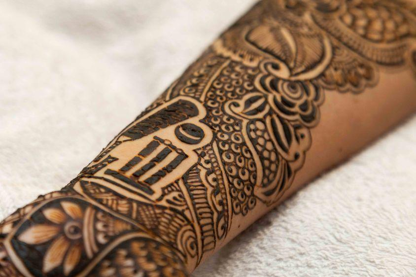 bridal mehendi , henna , mehendi