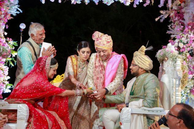 mandap ideas , mandap moment , wittyvows , gaurav gupta gown , Indian bride , weddings , big fat indian wedding , red lehenga , sabyasachi bride indian destination wedding , lakeside wedding | wedding in hua hin | bridal entry in a boat