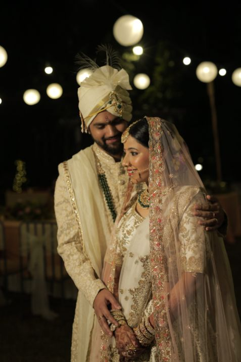 couple shoot ideas | indian bride and groom | Intimate Wedding in Jim Corbett