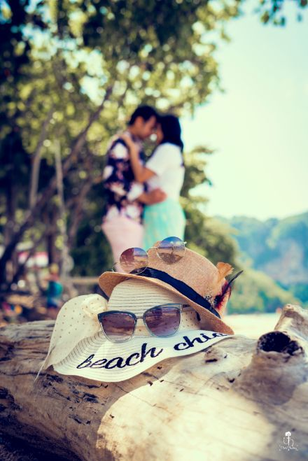 beachy vibes | sunglasses | hat | couple shoot ideas | Beach Wedding in Alibaugh