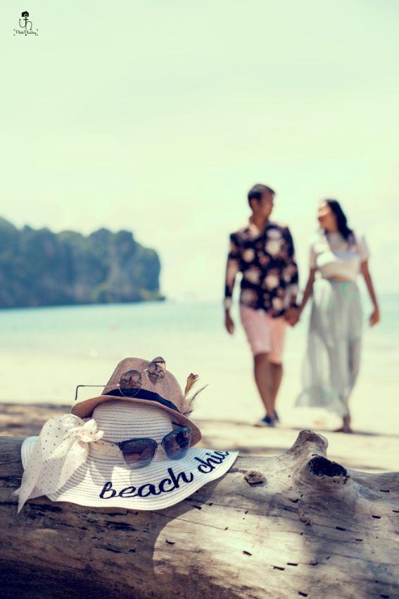 hand in hand | couple at their pre wedding shoot | Beach Wedding in Alibaugh