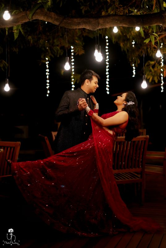 dancing couple | indian wedding photography | wedding diaries