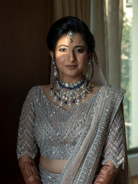 indian bride , indinan wedding , wedding outfit | silver lehenga