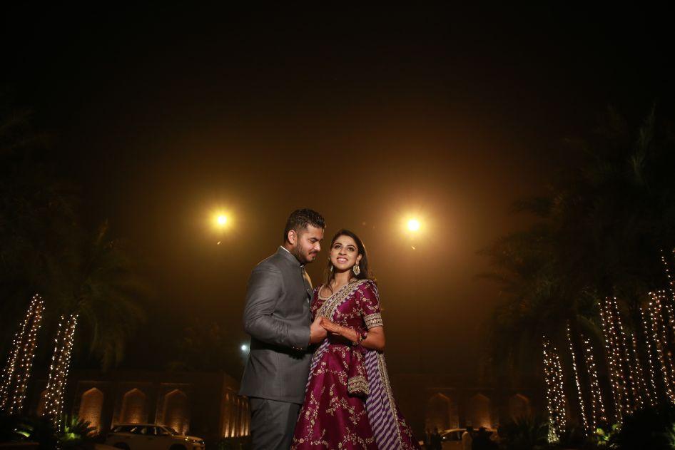couple shoot ideas   indian wedding photigraphy