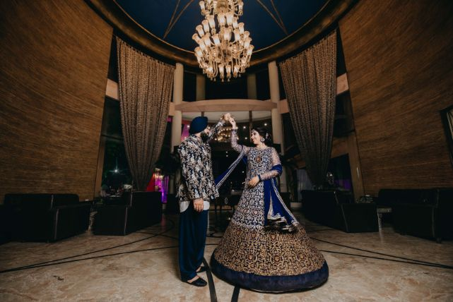 hppy couple vibes | indian wedding photography | Sparkling Red Gown for the Cocktail